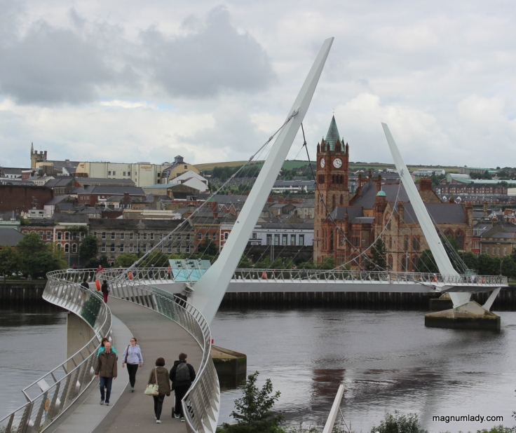 The Peace Bridge with the Guildhall