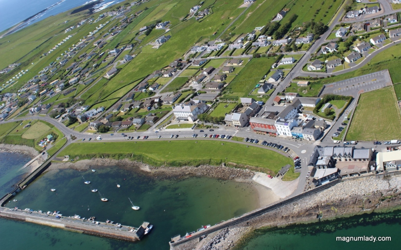 Flying over Mullaghmore