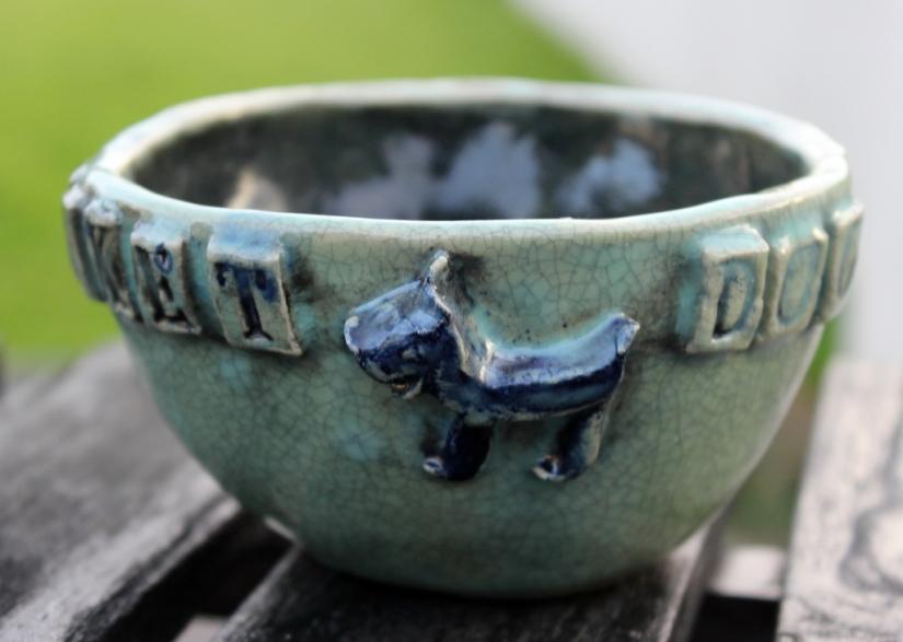 Rocket-dog bowl