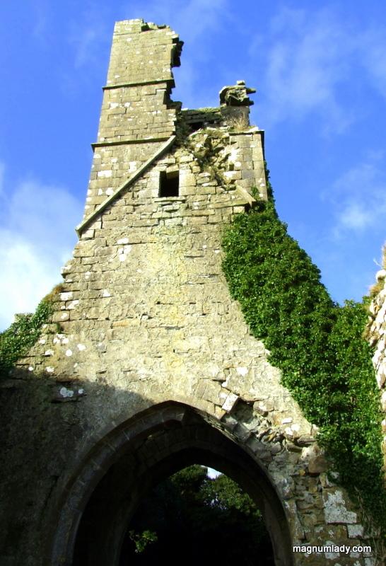 Court Abbey Cemetery