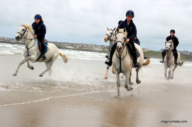 Horseriding in Enniscrone