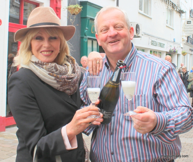 Joanna Lumley and Joe from The Wine Buff