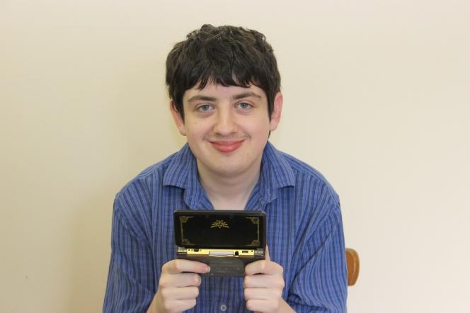 Jono with his Nintendo DS