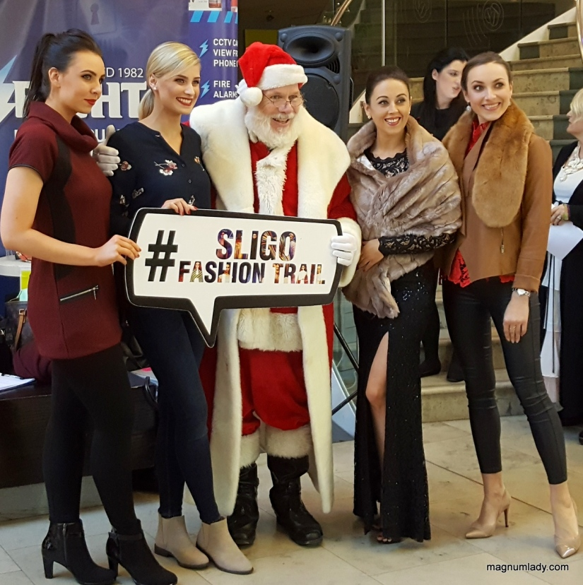 Santa meets the Models
